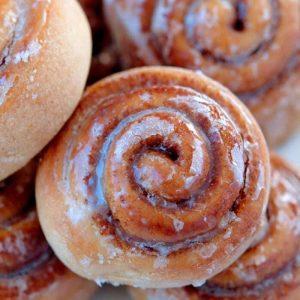 Cinnamon Rolls -Zimtschnecken Rezept