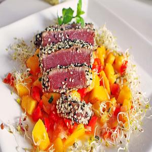 Thunfischfilet mit Sesam