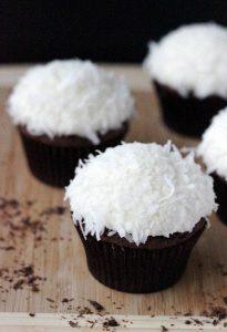 Schoko Muffins mit Kokos Herz