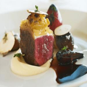 Rinderfilet auf Rotweinschalotten