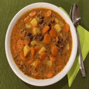 Hack Gemüse Suppe