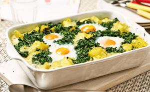 Spinat mit Spiegelei und Salzkartoffeln