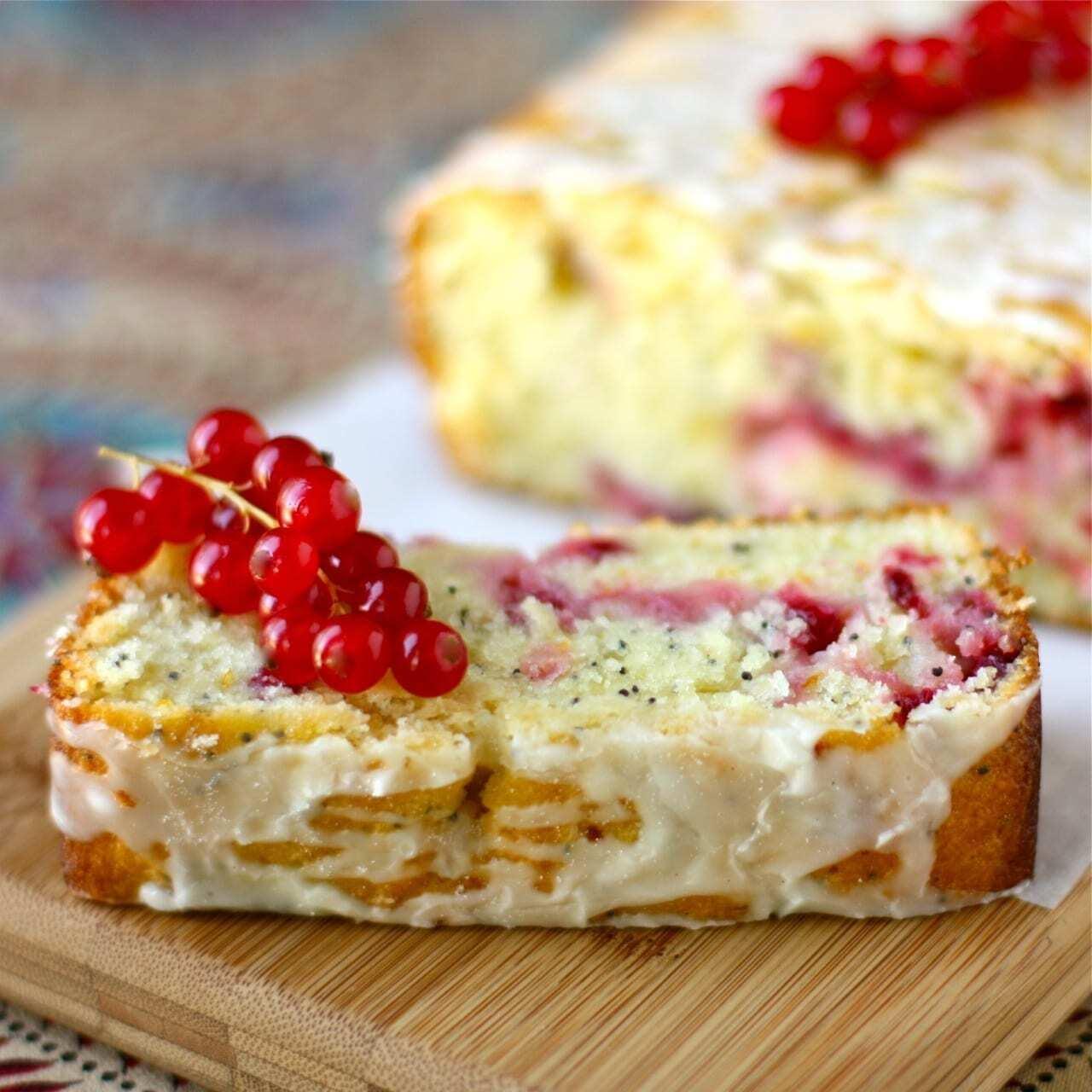 Kuchen-mit-Johannisbeeren