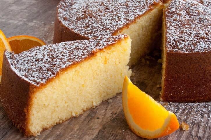 Öl saftiger kuchen mit Zitronenkuchen mit