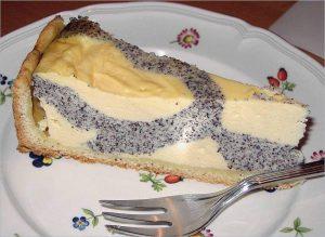 Quark Mohn Kuchen
