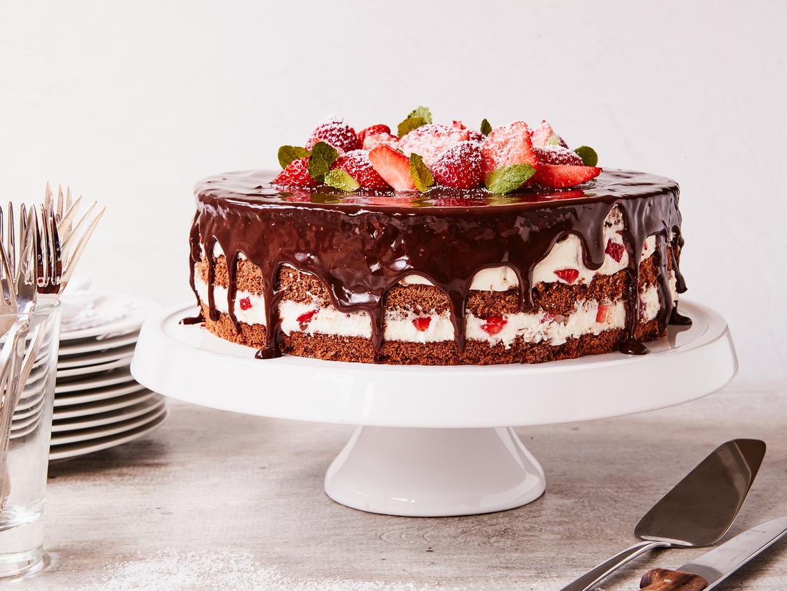 Erdbeer Stracciatella Kuchen