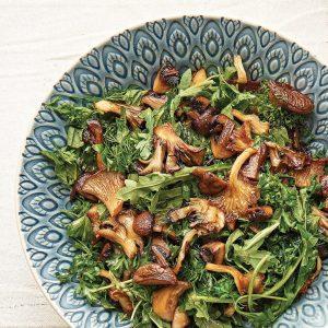 Gebratener Pilz Kräuter Salat