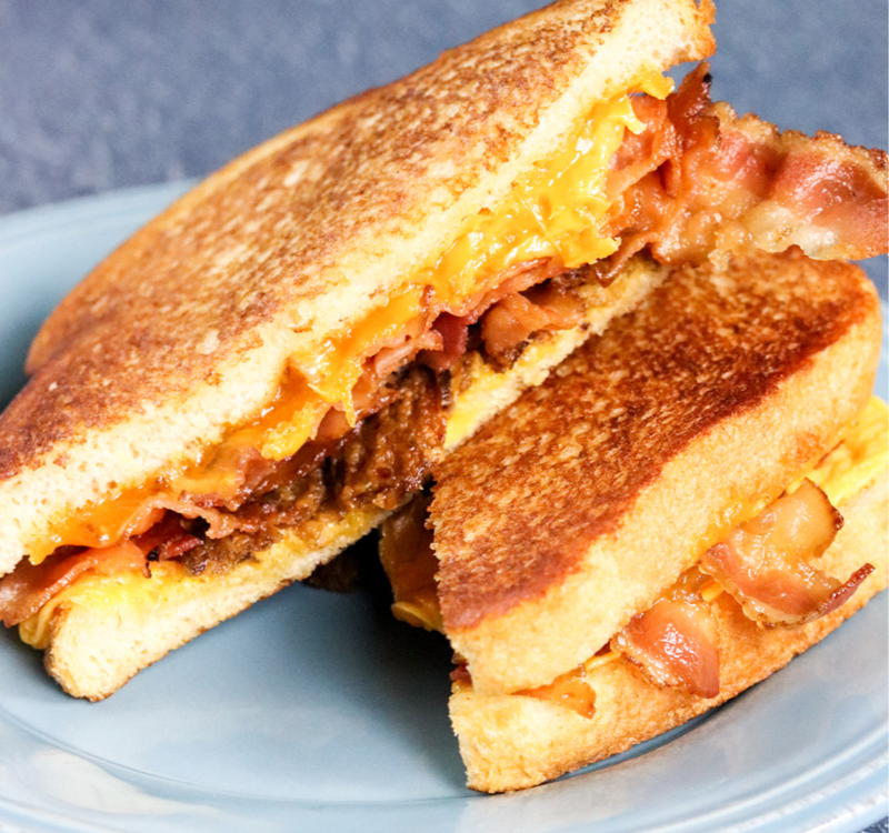 Grilled Cheese Sandwich mit Bacon