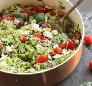 Tomaten Zucchini Pfanne mit Feta