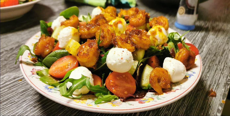 Scharfe-Garnelen Ingwer Mozzarella-Tomaten-Salat
